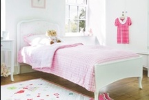 Chambre des enfants - Children bedroom / by Astrid Hoellinger