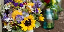 Bouquets / So many options for beautiful bouquets to choose from.