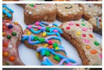 Baking for Doggies / Treats, cookies and cakes that you can make & bake at home for your favourite dog (aka. FurBaby)