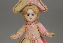 Dress pink-ecru, antique dolls