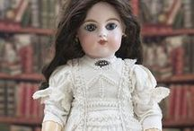 Dresses white, antique dolls