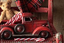 Tartan Christmas / Tartan plaid Christmas inspiration  / by Michelle Grindel Medsker