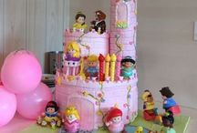 Cakes / by Yasmin Dennis- Family Daycare