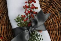 Christmas Table / Setting the Christmas table / by Michelle Grindel Medsker