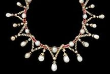 The Best Of Vintage and Antique Jewelry / Dream jewelry closet of the most extravagant jewels.