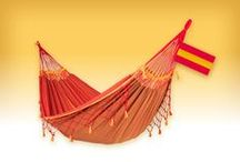 COPA furia roja, hammock by LA SIESTA / Our tribute to Brazil and Soccer! COPA is a high-quality double hammock made of pure organic cotton. Traditional Brazilian handicraft, quality, and exceptional comfort.