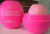 Memories and Merchandise / The North Carolina Azalea Festival offers an array of Festival merchandise that can be purchased both online, as well as at our office.