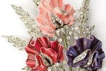 Бриллиантовые букеты / Ювелирные украшения в виде цветов и букетов из них
