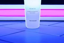 \\ perfume / + fragrance + aroma