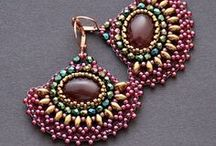 Earrings / Bead weaved jewelry