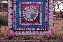 quilts and patchwork / Collection of quilts and patchwork inspirations and ideas