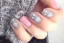 Nail ideas / Nail polish nails ideas beautyfull nail beads and make up beauty tips beautyfull eyes