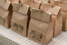 F A V O U R    I D E A S / Great ideas for inexpensive wedding favours
