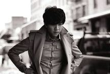 Lee Seung Gi / Lee Seung-gi is a South Korean singer, actor, MC and entertainer. He is one of the most sought after male stars in his 20s, known for his upright, positive image and penchant for success.