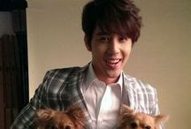 George Hu / George Hu born on July 24, 1982 in New York City, New York. is an American actor and singer based in Taiwan. He speaks fluent Taiwanese, Mandarin, and English. He was formerly managed by media tycoon Yang Dengkui's First Media Corporation.