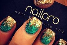 Nail Designs / by Kirsten York