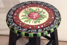painting furniture / by INESITA