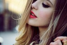 Very Vintage Hair / We're mad about vintage, and we love creating hairstyles based on this style of hair.