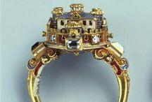 16th century jewelry