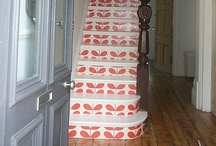 Wallpaper on Staircases / Amazing staircases decorated with wallpaper