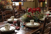 Christmas Table Settings / by YesterYear Primitives