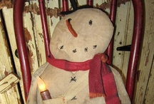 Primitive Snowmen / Here's a flurry of primitive snowmen with a few not so prim snow friends / by YesterYear Primitives