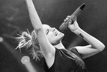 Queen Yelyah / Hayley Williams is the ultimate role model.