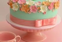 I love cake / by harriets attic