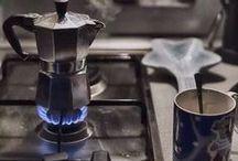 Cookinglife | Bialetti Percolator / Het Italiaanse merk Bialetti verkoopt verschillende soorten koffiemakers. Het succesproduct van Bialetti is de Moka Express, die ontworpen is door Alfonso Bialetti. Wij verzamelen de leukste en mooiste Percolators voor u!