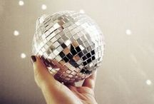 DANCE PARTY / What's a party with no dancing? Here are some of our favorite playlists and dance inspiration to get your friends and guests moving!