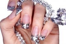Fingernail Art Addiction :o) / by Leslie Gutleben Hall