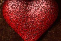 Red / Vermelho é nobre, é fogo, é paixão.