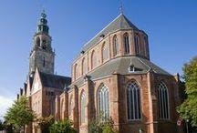 Monumentale kerken / Nederlandse kerken met de status van monument.   Geschikt om te huren voor bijvoorbeeld bruiloft, filmopname of woning.
