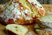 bread, baked goods & delicious things