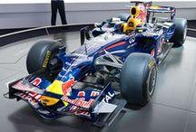 Red Bull - Mistrzowskie zespoły / Historia zespołu Red Bull w wyścigach Grand Prix