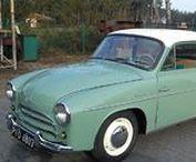 FSO/ FSM Syrena - historia w fotografii / Historia pierwszego polskiego samochodu osobowego  produkowanego seryjnie. Syrena – rodzina polskich samochodów osobowych i dostawczych produkowanych w latach 1957–1972 przez Fabrykę Samochodów Osobowych w Warszawie, a od 1972 do 1983 przez Fabrykę Samochodów Małolitrażowych w Bielsku-Białej. Wyprodukowano 521 311 egzemplarzy modelu