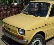 """FSM Fiat 126p - historia w fotografii / Druga próba zmotoryzowania Polski. Fiat 126 (centoventisei) – samochód osobowy skonstruowany w zakładach FIAT, produkowany we Włoszech w latach 1972–1980, a w Polsce od 6 czerwca 1973 do 22 września 2000 roku (Polski Fiat 126p). Polska wersja licencyjna produkowana była przez Fabrykę Samochodów Małolitrażowych """"Polmo"""" Bielsko-Biała w Bielsku-Białej oraz w Tychach."""