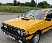 FSO Polonez - historia w fotografii / Historia Poloneza oraz modeli powstałych na jego bazie.  FSO Polonez – samochód osobowy produkowany przez Fabrykę Samochodów Osobowych w Warszawie od 3 maja 1978 roku do 22 kwietnia 2002 roku.  Produkcję zawieszono 22 kwietnia 2002 roku, łącznie z zestawami montażowymi wyprodukowano 1 061 807 egzemplarzy modelu w różnych wersjach.