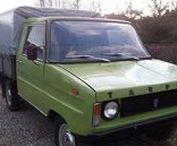 FSR Tarpan & Honker - historia w fotografii / FSR Tarpan – polski samochód pick-up i dostawczy (określany jako rolniczy), produkowany w latach 1973–1995 w Poznaniu.  Honker – polski osobowo-towarowy samochód terenowy produkowany (z przerwami) od 1988 roku, przez różnych producentów, obecnie (od 2009) przez Fabrykę Samochodów Honker w Lublinie.