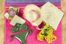Tutti al mare! / Costume, asciugamano, borsa per il mare, libro, musica e via al mare! / by Nico Abbigliamento e Calzature