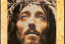 JESUS of NAZARETH / Jesus of Nazareth is a film that came out in 1977. This is my favorite movie ever. It stars Robert Powell.