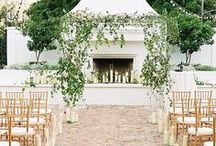 Summer Wedding Ideas / Summertime wedding ideas: food, decor, cakes, hair do and more! jewelerstradeshop.com