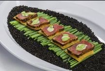 Hors d'Oeuvres / Showstopping hors d'oeuvres set the stage for a perfect party