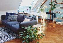 IKEA Bij Mij Thuis / Iedereen heeft wel iets van IKEA in huis. Of het nu de fameuze BILLY kast is, de PS gieter of een eigentijds design tafeltje. Hoe deze producten gemixt worden in jullie interieurs? Dát zie je hier.  Inspireer ons én anderen op Instagram met #IKEABijMijThuis.