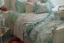 Home: Beds & Linens