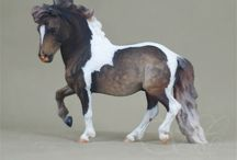 custom breyer horses / by Anna._.13