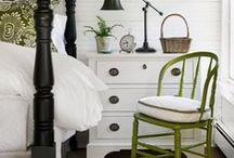 Farmhouse Bedrooms / Beautiful farmhouse bedroom inspiration