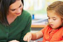 Bilingual aufwachsen - Muttersprache zu Hause, Landessprache außer Haus / Kinder lernen Sprachen beinahe im Schlaf. Daher spricht viel für bilinguale Erziehung. Unsere Kinder wachsen natürlicherweise in London bilingual auf