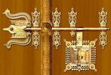 Knock, knock... / Who's there?...  Keys! Key holes! Doorknobs! Knockers! Details!!! / by Teresa Reis