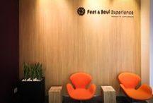 Feet & Soul Experience / Feet & Soul Experience on kokonaisvaltaisten hoitojen dayspa, jonka hoitolatarjontaan kuuluu jalkahoitojen ja kahden elämyshoidon lisäksi myös 12 erilaista rituaalista hierontaa. Jalkahoitoihin erikoistuneen hoitolan palvelutarjonta on lisääntynyt myös aromaterapeuttisilla Declèor -kasvohoidoilla. Yrityksen omistajan Maria Kjellbergin kanssa asiakkaita palvelee kosmetologi Karen Kankare. http://feetandsoul.fi/